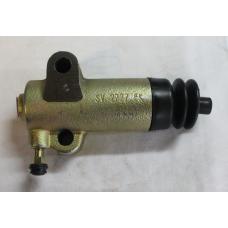 Zetor -  clutch slave cylinder   7011-2730  7011-2714  6245-2704